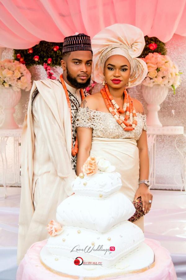 nigerian-traditional-bride-and-groom-cake-nosa-collins-teesalure-events-loveweddingsng