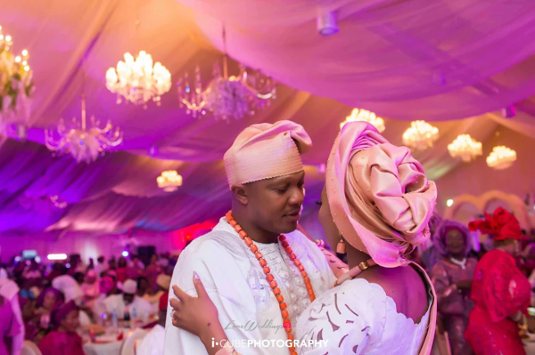 stephanie-coker-olumide-aderinokun-traditional-wedding-funlola-aofiyebi-raimi-loveweddingsng-i-cube-photography-37