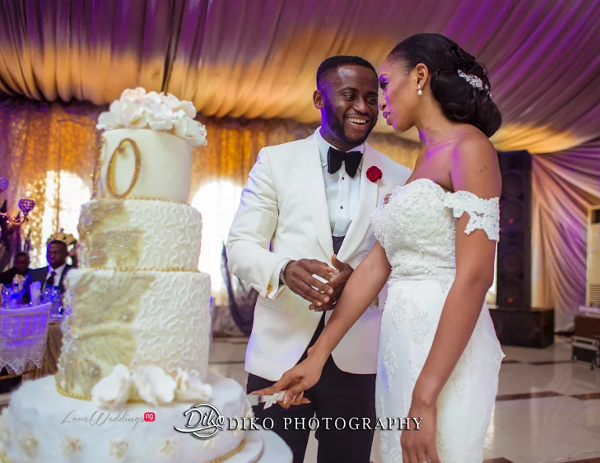 Nigerian Couple cutting the cake Amaka and Oba 3003 Events LoveWeddingsNG