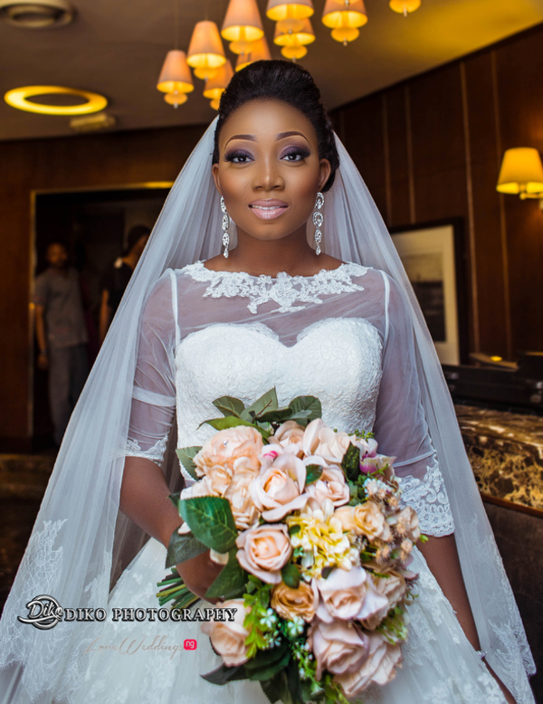 Nigerian Bride and bouquet Toyosi Ilupeju and Wole Makinwa WED Dream Wedding Details Diko Photography LoveWeddingsNG 1