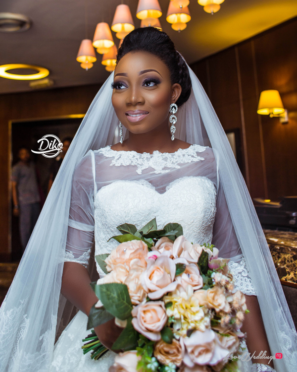 Nigerian Bride and bouquet Toyosi Ilupeju and Wole Makinwa WED Dream Wedding Details Diko Photography LoveWeddingsNG 2