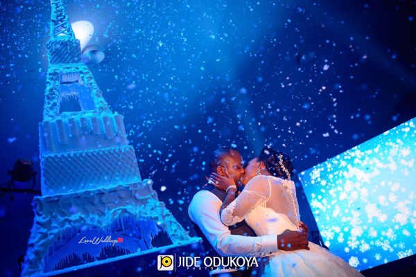 Nigerian Couple Kiss Eiffel Tower Wedding Cake Toyosi and Wole WED Dream Wedding From Paris With Love 17 LoveWeddingsNG