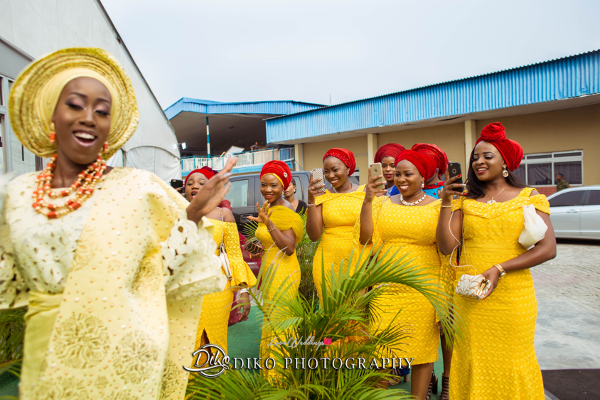 Nigerian Traditional Bride and asoebi ladies Tosin and Alhassan Diko Photography LoveWeddingsNG 1