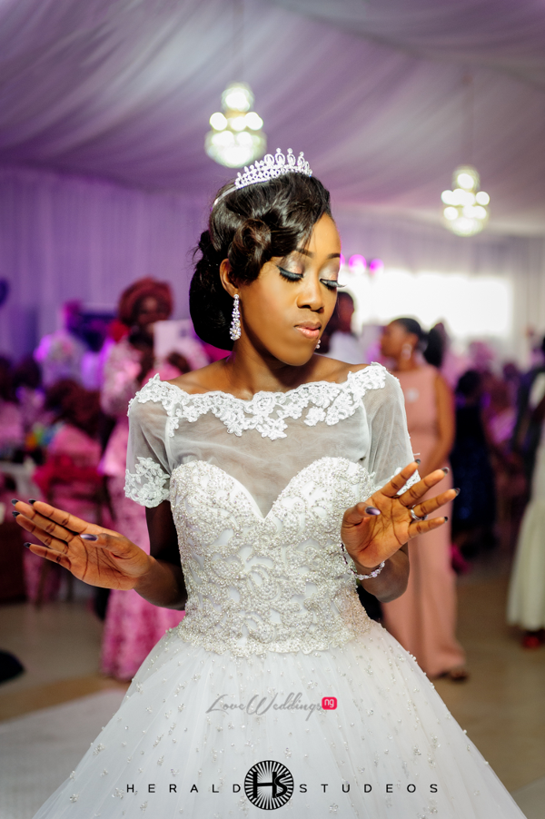 Nigerian bride dancing Tosin and Hassan Herald Studeos LoveWeddingsNG