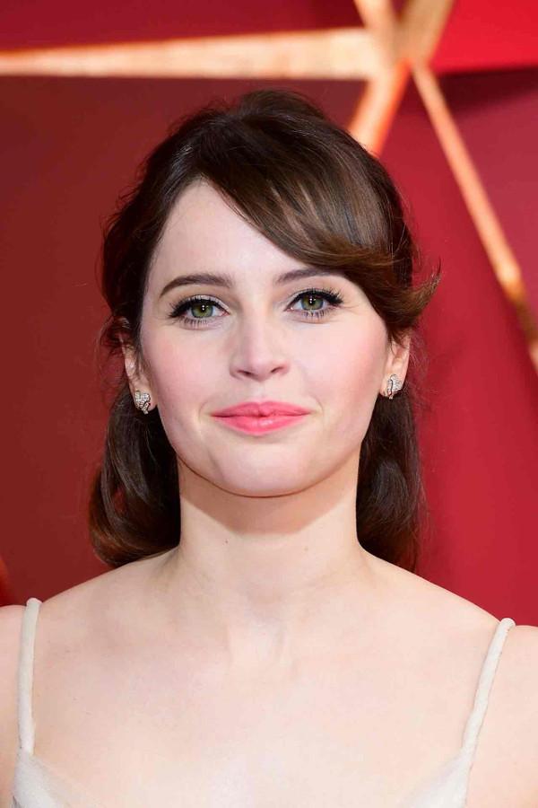 Oscars 2017 - Felicity Jones Bridal Hair Inspiration LoveWeddingsNG