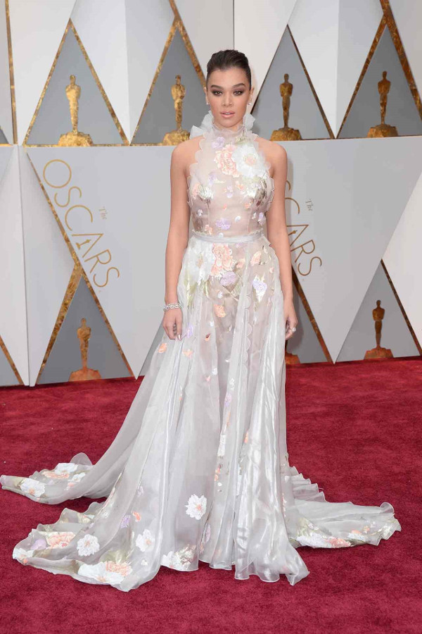 Oscars 2017 - Hailee Steinfeld in Ralph & RussoBridal Inspiration LoveWeddingsNG