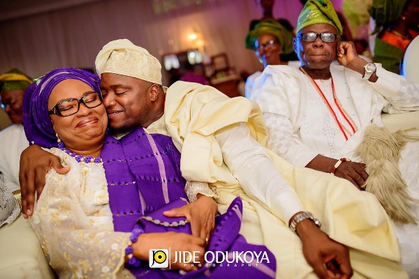 Nigerian Traditional Groom and mum LoveWeddingsNG.jp