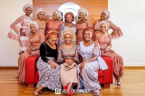 Nigerian Traditional Bride and Aso Ebi Ladies - #LexyLabs17 JOP Studios LoveWeddingsNG