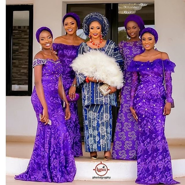 Nigerian Traditional Bride and Aso Ebi Ladies #Naphytee2017 - Lypix Photography LoveWeddingsNG