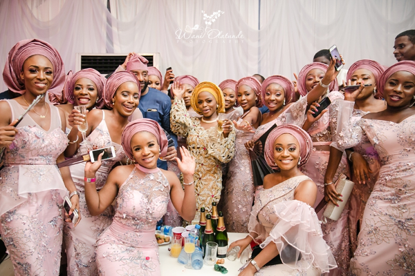 Nigerian Traditional Bride and Aso ebi ladies Wani Olatunde Photography LoveWeddingsNG 1
