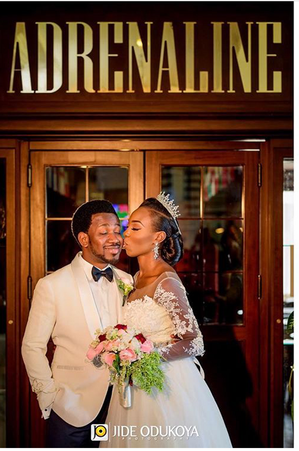 5 Popular Backdrops For Nigerian Wedding Pictures