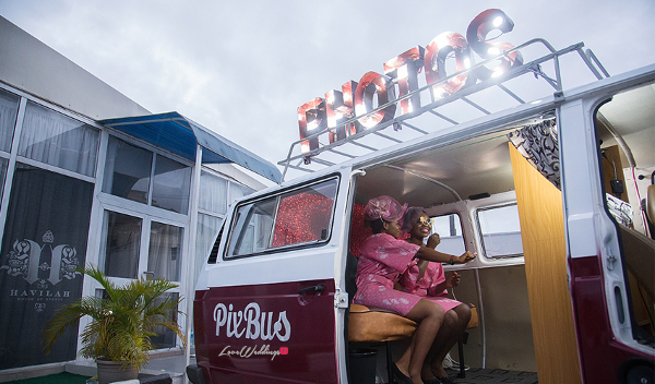 The latest wedding photobooth just arrived town and its a PixBus