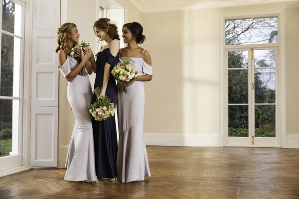 High Street Retailer, Oasis launches a line of bridesmaid dresses