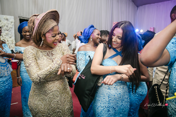 Shaku Shaku | The Latest Nigerian Wedding Pose