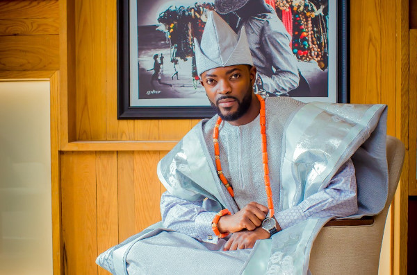 Seyi's Agbada is giving us Owambe ready vibes