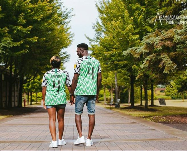 Groom Stylists, the 360 Video Booth, MisMatched Bridesmaids, The Couple's Signature Cocktail Mix & More | 2018 Nigerian Wedding Trends