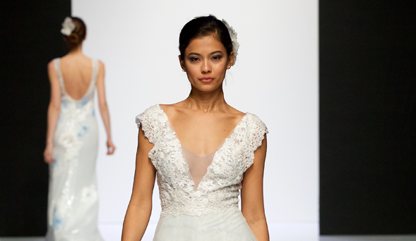 Lusan Mandongus at London Bridal Fashion Week 2019 | #LBFW2019