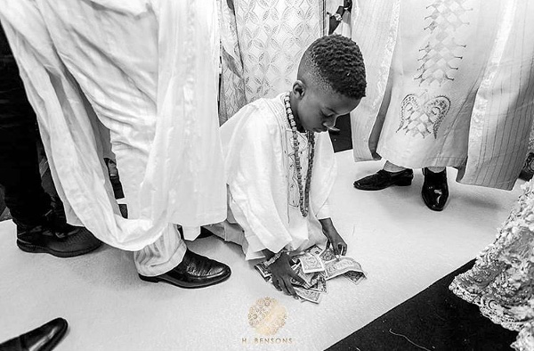 7 Tips for 'The Nigerian Wedding Money Picker'