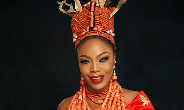 This Edo traditional bridal look is so regal
