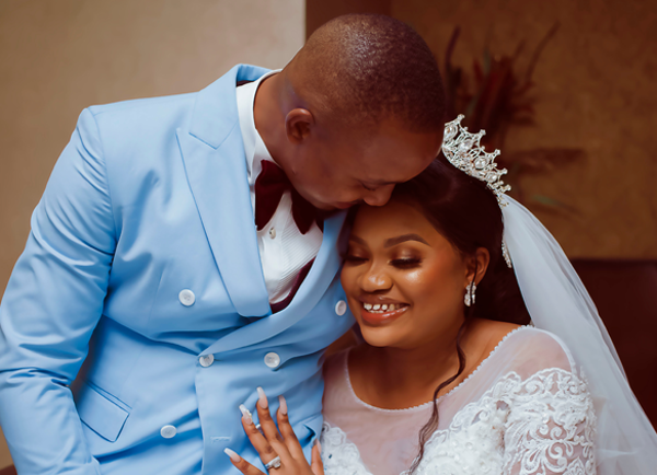 Jovi & Lovelyn's wedding photos are lovely | #TheJLoveStory