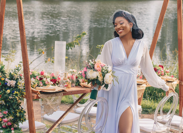 This vintage-themed wedding is intimate, simple, breezy & perfect