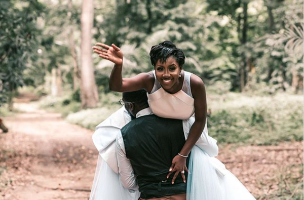 More micro weddings, newlyweds at the #BlackLivesMatter protest & more wedding news