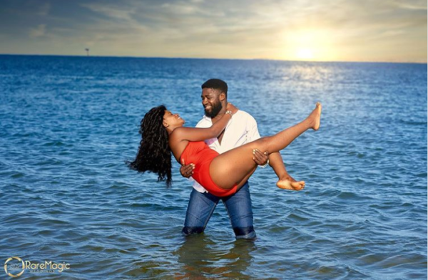 20 beach prewedding photo ideas for Nigerian & African couples
