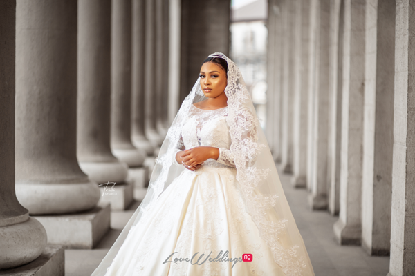 This bridal shoot at Mapo Hall, Ibadan will make you do a double-take
