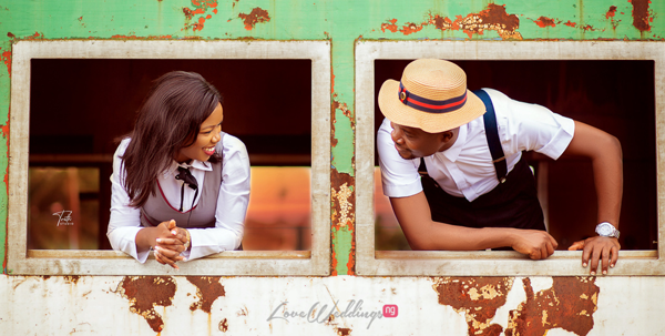 You'll love Ayomide & David's vintage railway-themed pictures
