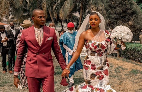 An ankara wedding gown, Andre Pitter covers The Knot & more wedding news