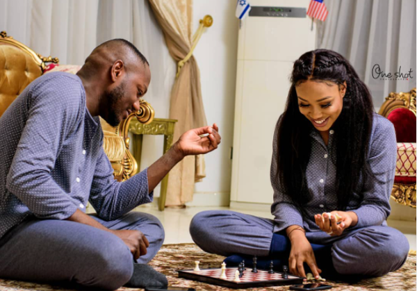 Game On! We love this pre-wedding shoot trend